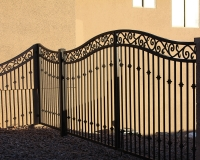 steel hand forged scroll with recurve arch gate
