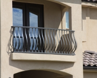 belly picket deck rail